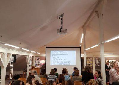 Kurz vor dem Fachvortrag (28.03.2019 - Zertifizierung zur reggio-inspirierten Einrichtung)